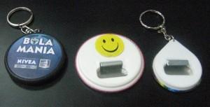 pin gantungan kunci