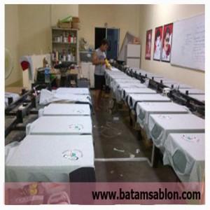 Sablon kaos murah Di Batam, Sablon Kaos Satuan rapi cepat berkualitas
